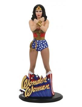 DC Comic Gallery PVC Statue Linda Carter Wonder Woman 23 cm