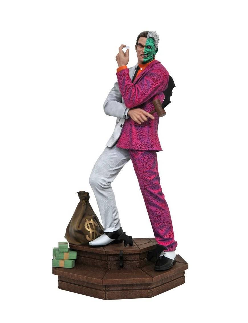 DC Comic Gallery PVC Statue Two-Face 30 cm