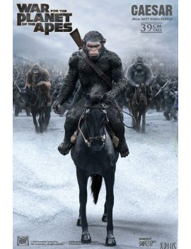War for the Planet of the Apes Soft Vinyl Statue Caesar with Gun 39 cm