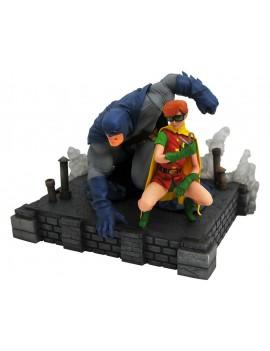 The Dark Knight Returns DC Comic Gallery PVC Statue Batman & Robin 20 cm