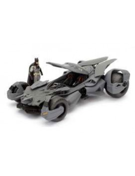 Batman v Superman Diecast Model 1/24 2016 Batmobile with figure