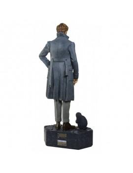 Fantastic Beasts 2 Life-Size Statue Newt Scamander 215 cm
