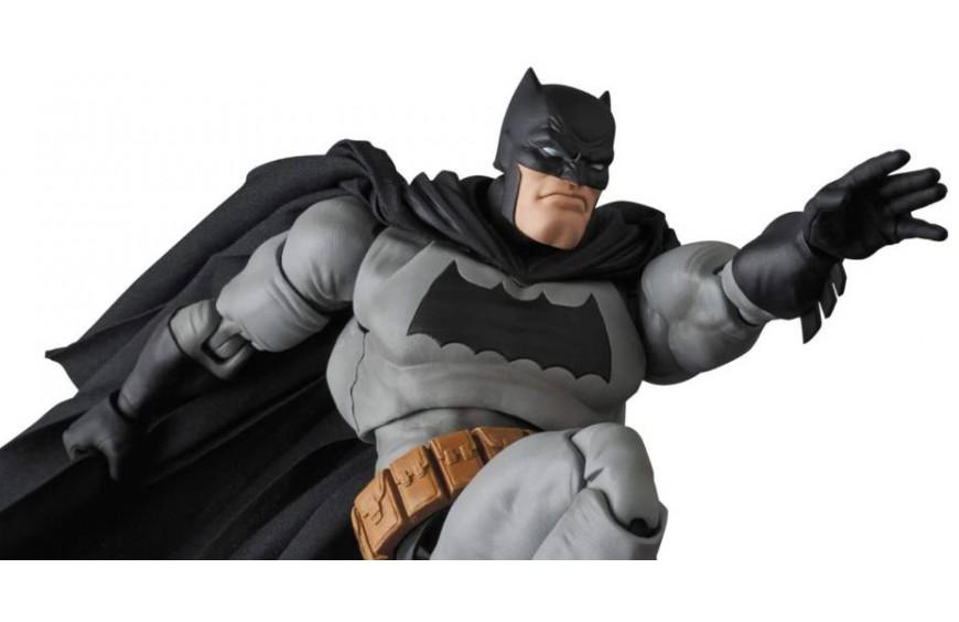 The Dark Knight Returns Batman MAFEX by Medicom